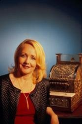 Karin Gillespie