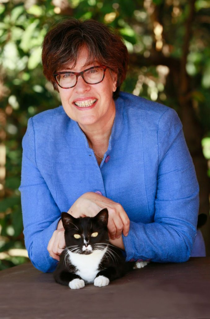 Lynette Finch and cat